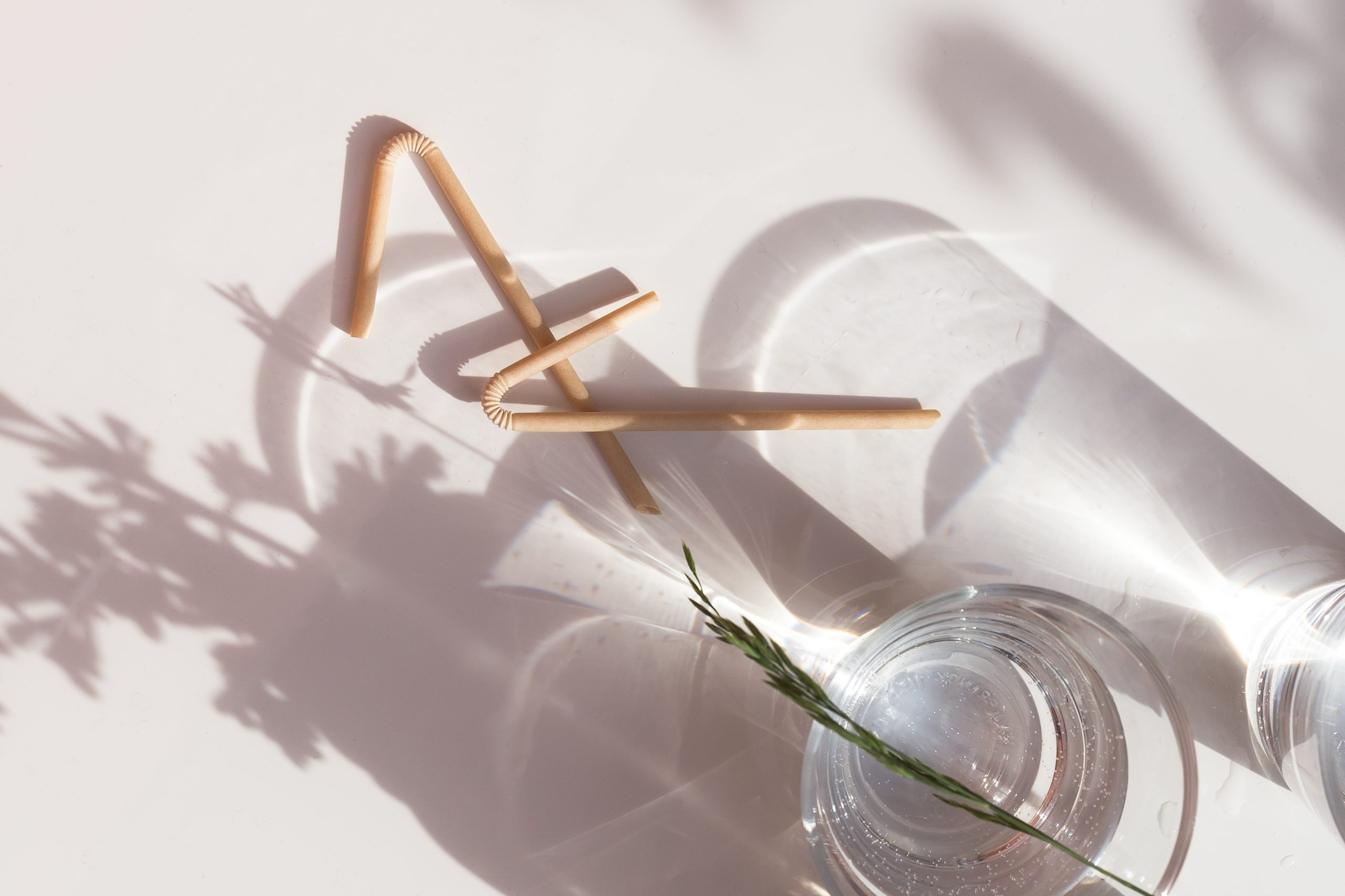 Compostable U-shaped straw made from Sulapac